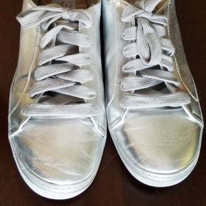DV by Dolce Vita Low Top Silver Lace Up Sneakers